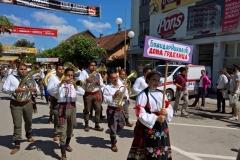 Parade_Guca08