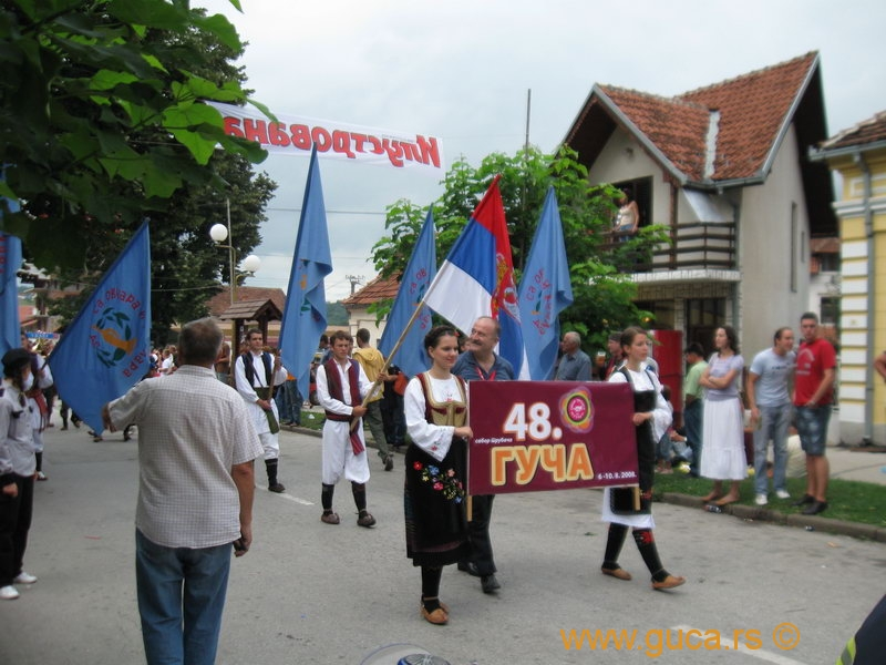 48_Guca_Gathering_parade007