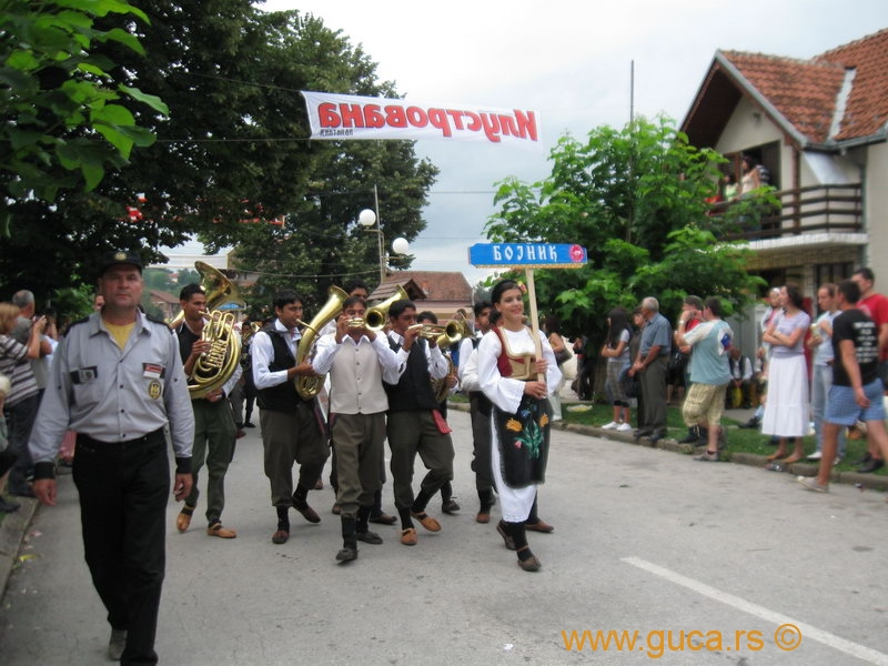 48_Guca_Gathering_parade012