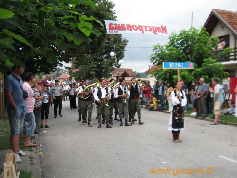 48_Guca_Gathering_parade022