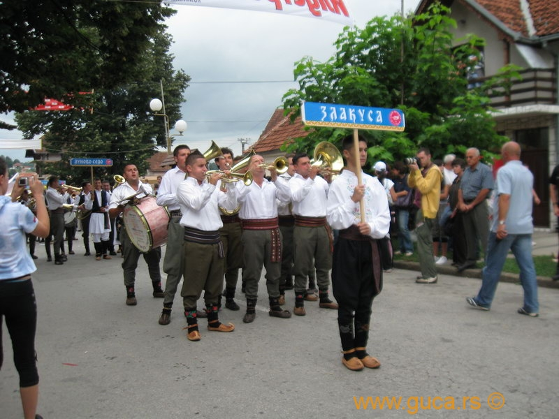 48_Guca_Gathering_parade026