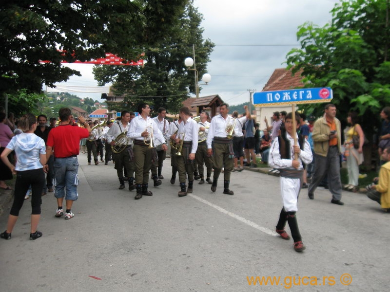 48_Guca_Gathering_parade035