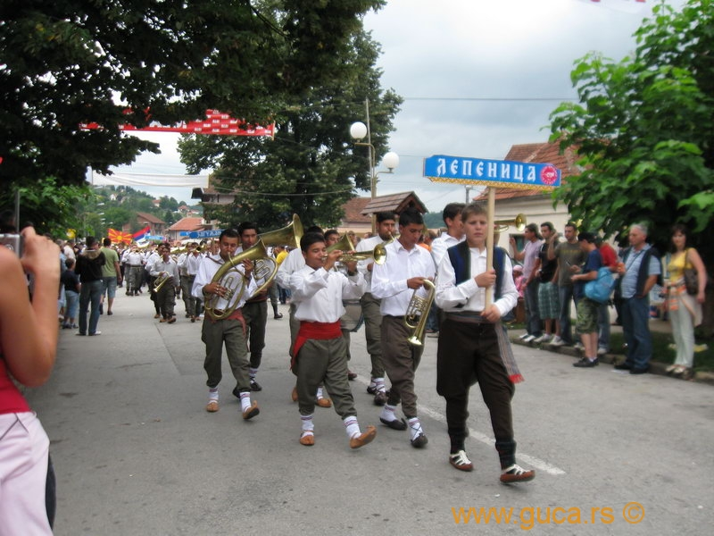 48_Guca_Gathering_parade039
