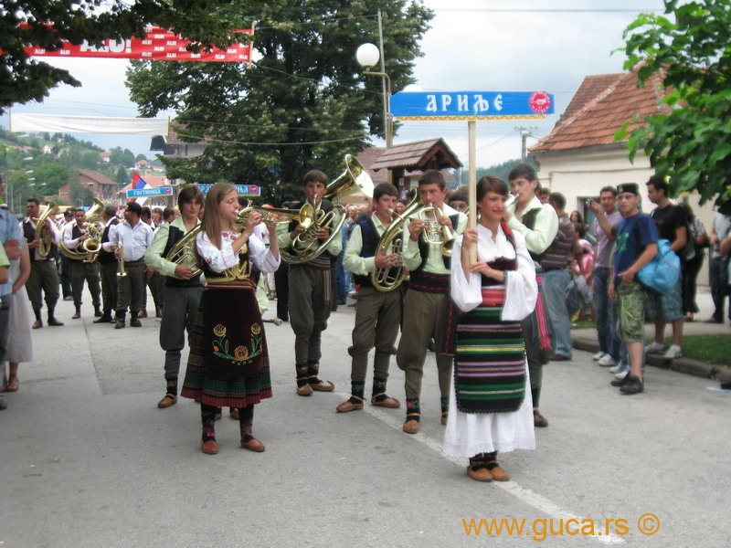 48_Guca_Gathering_parade049