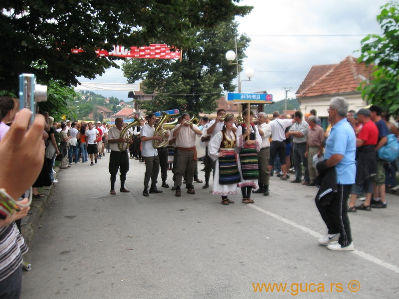 48_Guca_Gathering_parade054